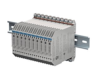 Division: Process Automation Group: Interface Technology Function: Zener Barrier System: Z-System Type: Assembly; Brandlabel for Rockwell Automation --- Perspective: P1 Angle: alpha: 36° / beta: -17° Focal Length: 210 mm --- Resolution: 300 dpi Solid Color: none Masking: Clipping Path included