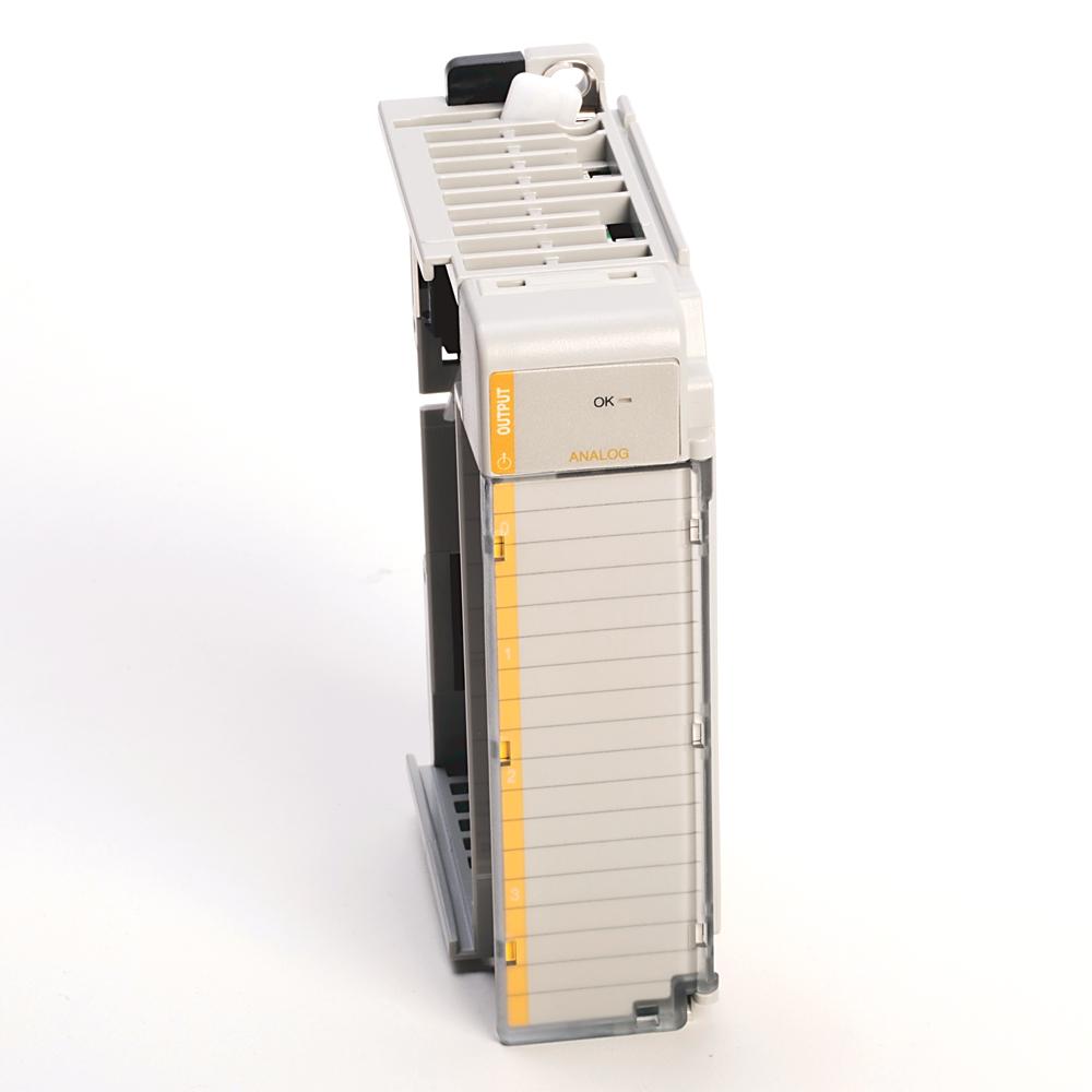 A-B 1769-OF8C CompactLogix 8 Pt A/O Current Module